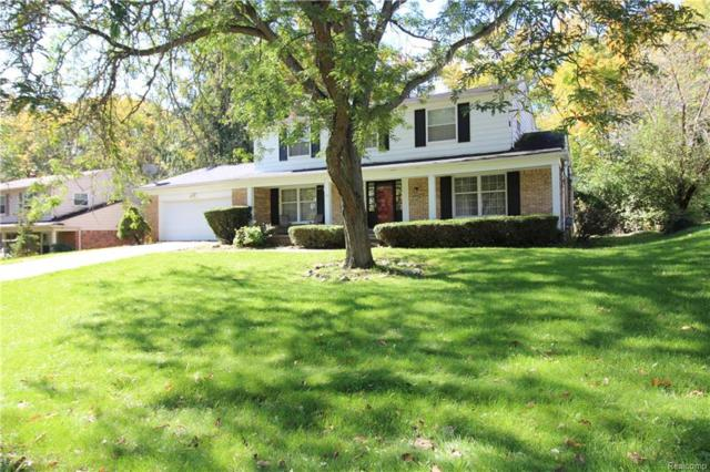 6130 Pinecroft Drive, West Bloomfield Twp, MI 48322 (#219012297) :: RE/MAX Classic