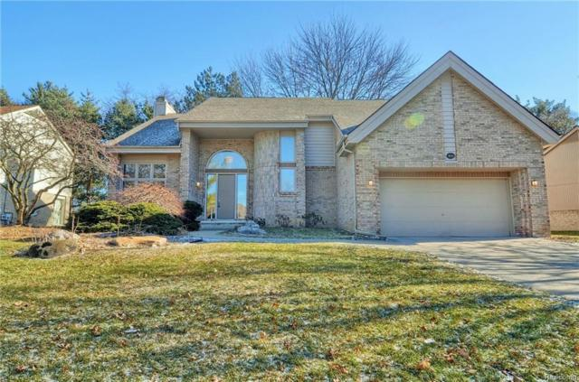 4959 Countryside, West Bloomfield Twp, MI 48323 (#219012579) :: RE/MAX Nexus