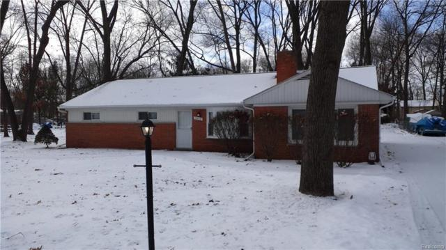 2360 Keith Road, West Bloomfield Twp, MI 48324 (#219013288) :: RE/MAX Nexus