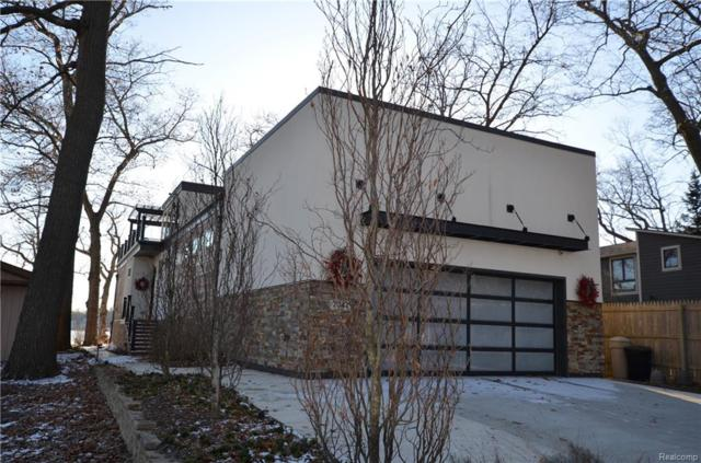 7047 Locklin, West Bloomfield Twp, MI 48324 (#219013377) :: Alan Brown Group