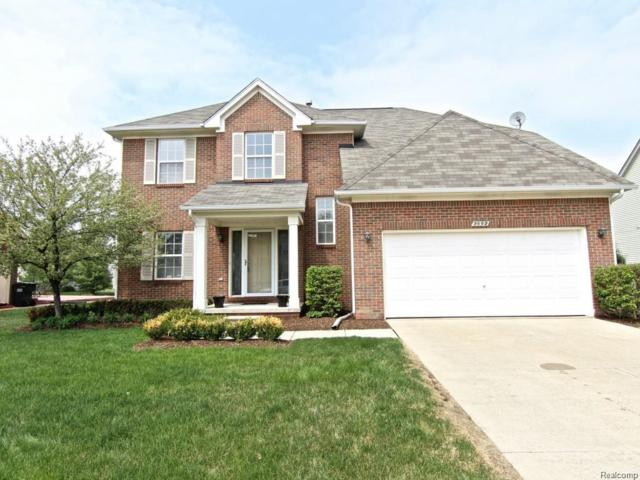 2092 Cattail Circle, Rochester Hills, MI 48309 (#219013909) :: NERG Real Estate Experts