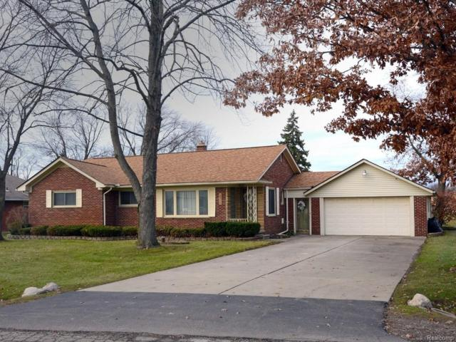 16925 Penrod Drive, Clinton Twp, MI 48035 (#219014013) :: NERG Real Estate Experts