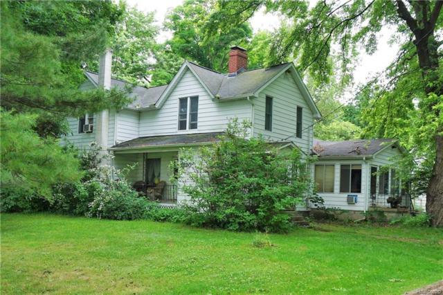 2520 Highland Rd, Oceola Twp, MI 48843 (#219014824) :: The Buckley Jolley Real Estate Team