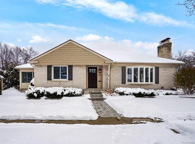 2204 Maplewood Avenue, Royal Oak, MI 48073 (#219014935) :: Keller Williams West Bloomfield