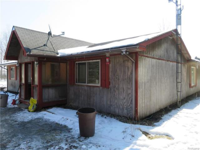 2755 W Miller Road, Perry Twp, MI 48857 (#219015241) :: The Buckley Jolley Real Estate Team