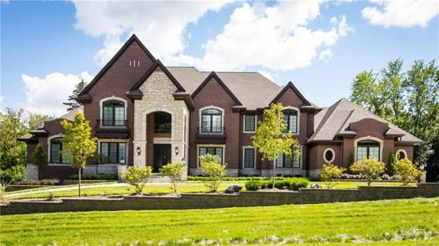 700 E Square Lake Road, Bloomfield Twp, MI 48304 (#219018326) :: The Buckley Jolley Real Estate Team
