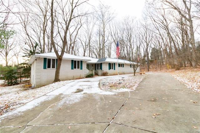 6090 N Rochester Road, Rochester Hills, MI 48306 (#219020041) :: The Buckley Jolley Real Estate Team