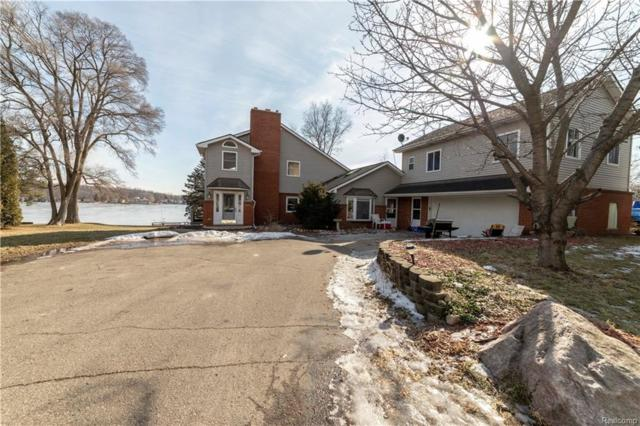 8121 Grand River Road, Brighton Twp, MI 48114 (#219021815) :: The Buckley Jolley Real Estate Team