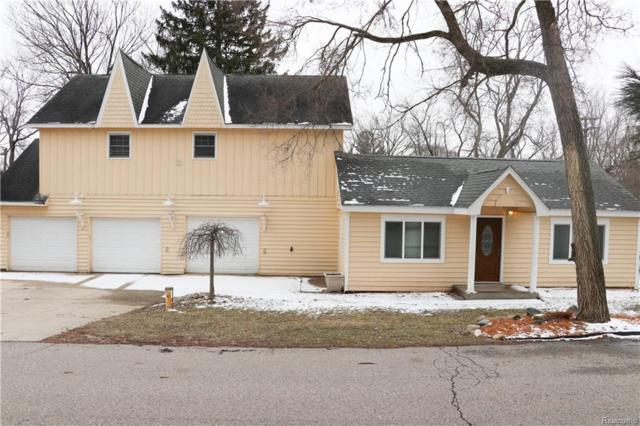 6797 Grassland Avenue, West Bloomfield Twp, MI 48324 (#219022534) :: The Buckley Jolley Real Estate Team