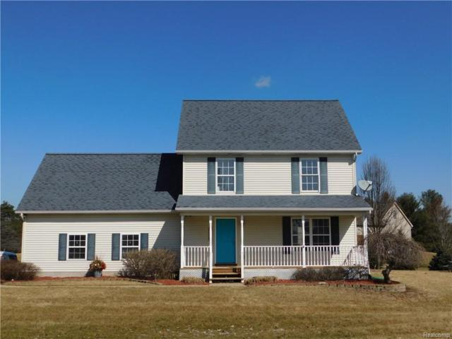 2176 Fowlerville Road, Handy Twp, MI 48836 (#219023108) :: The Buckley Jolley Real Estate Team