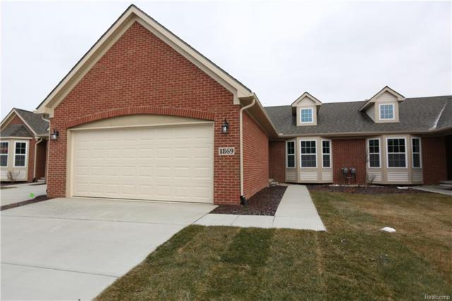 1921 Egret Pointe #26, Genoa Twp, MI 48843 (#219023468) :: The Buckley Jolley Real Estate Team