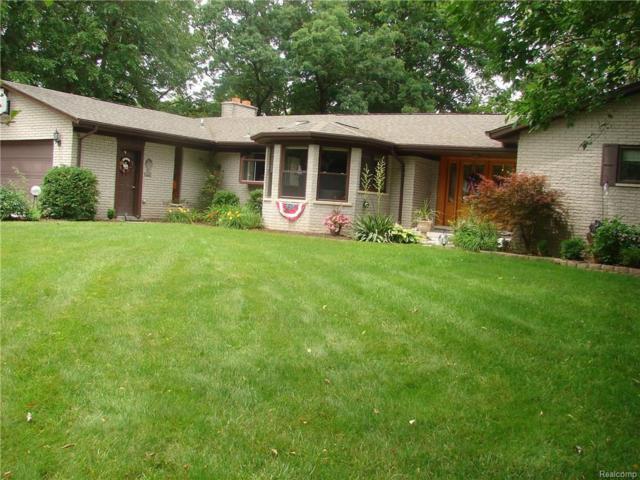8371 S Huron River, Ypsilanti Twp, MI 48197 (#219023489) :: The Buckley Jolley Real Estate Team