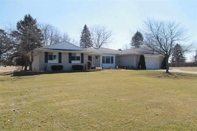 1318 Meadowgreen Ln, Linden, MI 48451 (#5031373810) :: The Buckley Jolley Real Estate Team