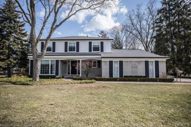 3674 Scott Drive, Troy, MI 48084 (#219023751) :: Team DeYonker