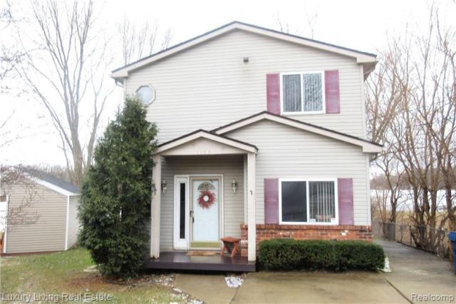 1155 Pinecrest Drive, White Lake Twp, MI 48386 (#219023976) :: GK Real Estate Team