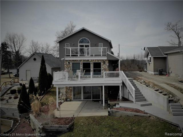 10440 Runyan Lake Road, Tyrone Twp, MI 48430 (#219024121) :: The Buckley Jolley Real Estate Team