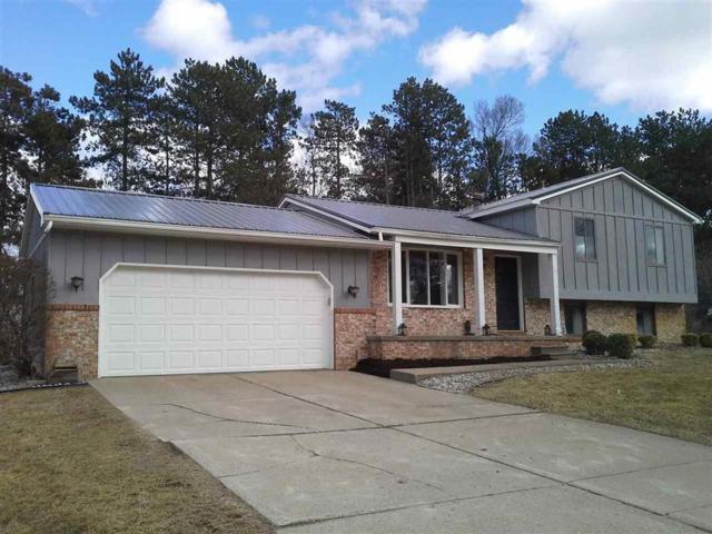 829 Alpine, Fenton, MI 48430 (#5031373985) :: The Buckley Jolley Real Estate Team