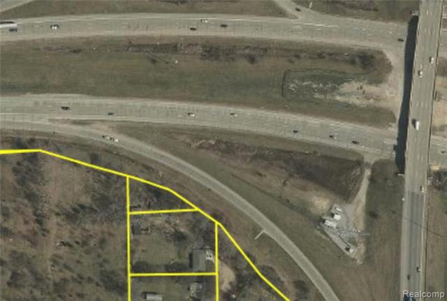 14225 Minehart Drive, Plymouth Twp, MI 48170 (#219024913) :: Duneske Real Estate Advisors