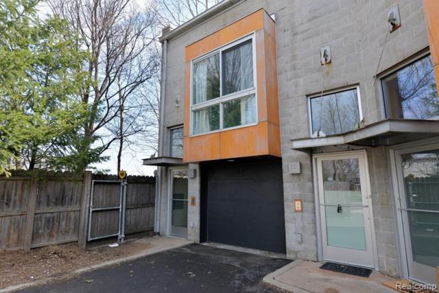 444 E Parent Avenue, Royal Oak, MI 48067 (#219024944) :: The Buckley Jolley Real Estate Team