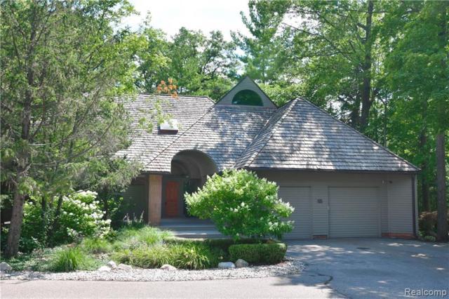 55 Scenic Oaks Drive N, Bloomfield Hills, MI 48304 (#219027568) :: RE/MAX Classic