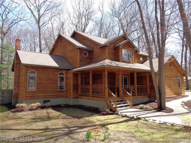 4300 Stockemer, White Lake Twp, MI 48383 (#219029541) :: RE/MAX Classic