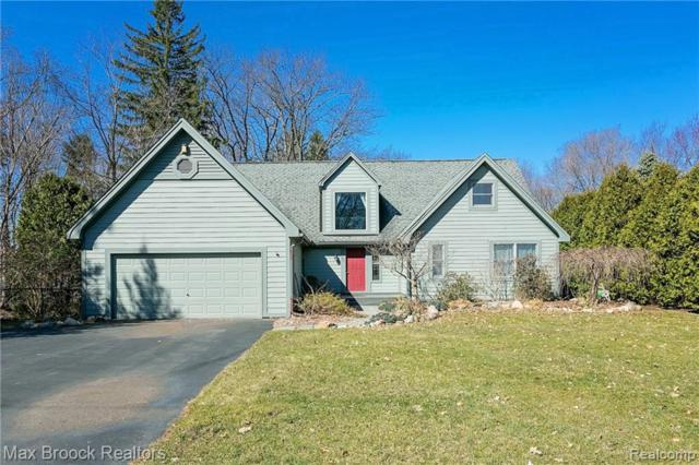 466 Shoreview Drive, Waterford Twp, MI 48328 (#219031304) :: KNE Realty 360
