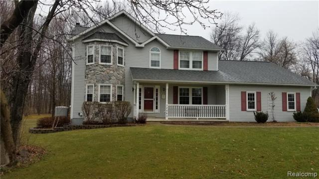 12463 Hibner Road, Hartland Twp, MI 48353 (#219032717) :: The Mulvihill Group