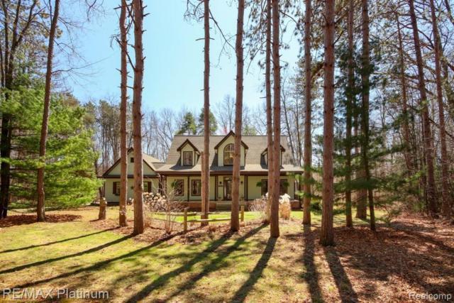 7330 River Pines Trail, Hamburg Twp, MI 48116 (#219033297) :: Keller Williams West Bloomfield