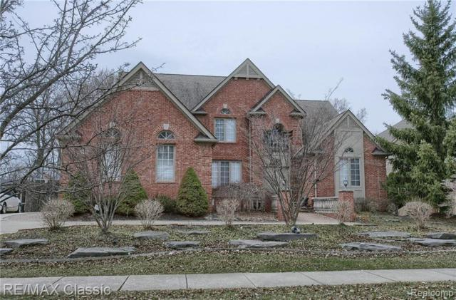 5562 Hampshire Drive, West Bloomfield Twp, MI 48322 (#219033695) :: RE/MAX Classic