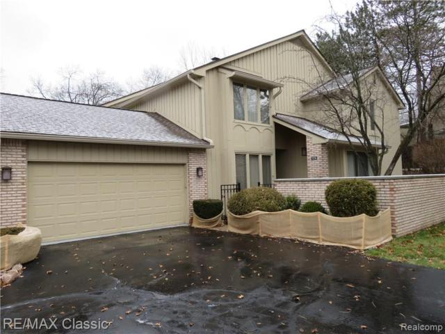 1126 Timberview Trail, Bloomfield Twp, MI 48304 (#219033766) :: The Buckley Jolley Real Estate Team