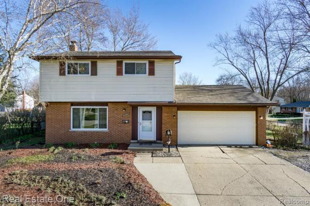 23412 N Stockton Avenue, Farmington Hills, MI 48336 (#219034468) :: Alan Brown Group