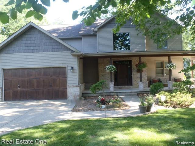 7910 Haley Road, White Lake Twp, MI 48383 (#219035336) :: RE/MAX Classic