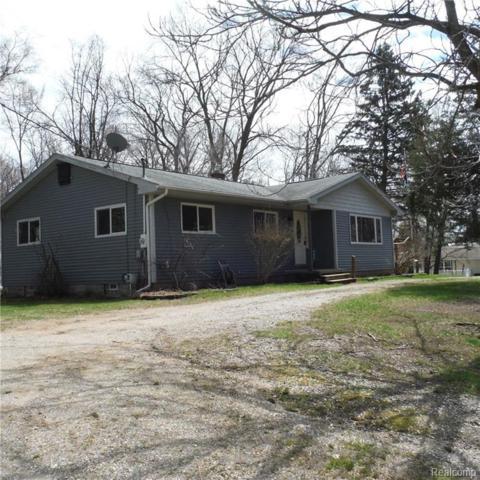 445 Kennard Street, Orion Twp, MI 48362 (#219035625) :: The Buckley Jolley Real Estate Team
