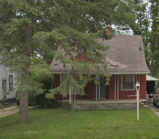 18293 Codding, Detroit, MI 48219 (#5031377368) :: The Mulvihill Group