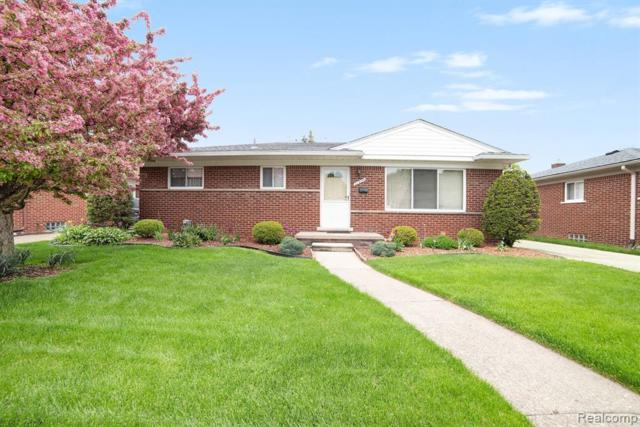 21905 Lakeshire Street, Saint Clair Shores, MI 48081 (MLS #219036565) :: The Toth Team