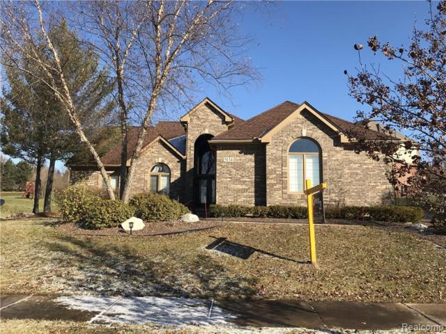 5134 Parkgate Drive, Commerce Twp, MI 48382 (#219036751) :: RE/MAX Classic
