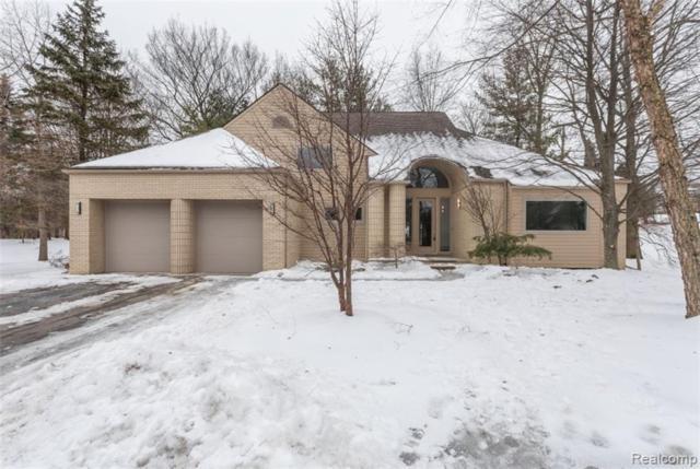 1605 Franklin Hills Drive, Bloomfield Twp, MI 48302 (#219037297) :: Keller Williams West Bloomfield