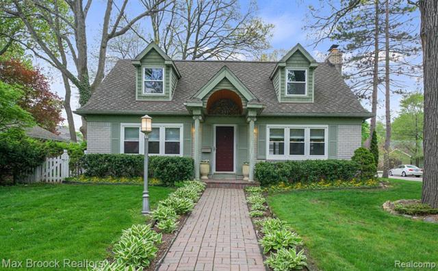 231 N Vermont Avenue, Royal Oak, MI 48067 (#219037434) :: RE/MAX Nexus