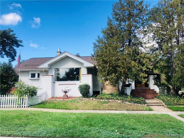 212 S Pleasant Street E, Royal Oak, MI 48067 (#219037514) :: Keller Williams West Bloomfield