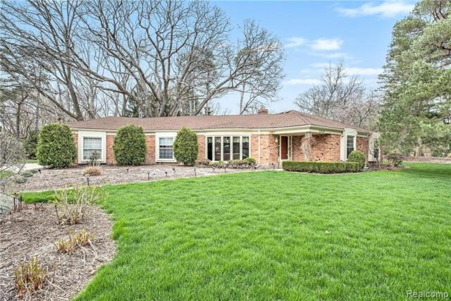 2808 Downderry Court, Bloomfield Twp, MI 48304 (#219037613) :: The Buckley Jolley Real Estate Team