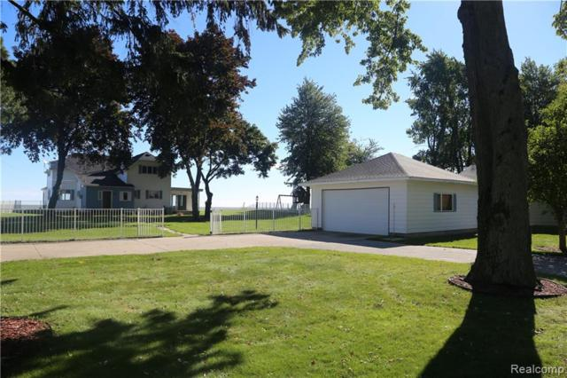 547 S Linwood Beach Road, Kawkawlin Twp, MI 48634 (#219037643) :: The Buckley Jolley Real Estate Team