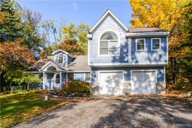 7600 Crestmore Street, West Bloomfield Twp, MI 48323 (#219038648) :: RE/MAX Classic