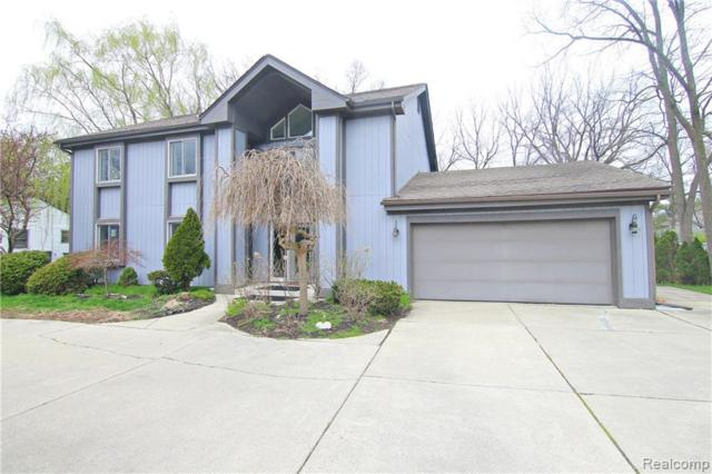 5835 Eastman Boulevard, West Bloomfield Twp, MI 48323 (MLS #219039376) :: The Toth Team