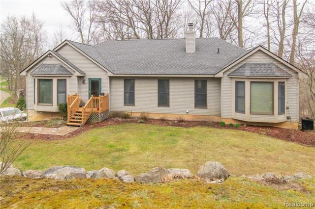 2126 Haley Road, White Lake Twp, MI 48383 (#219040341) :: RE/MAX Classic
