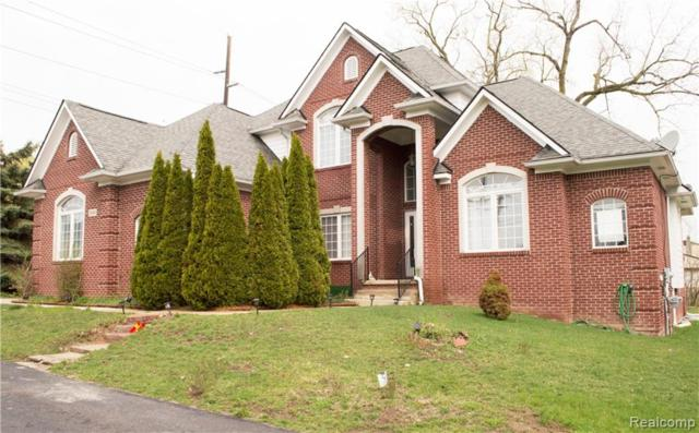 3960 Mitra Court, West Bloomfield Twp, MI 48323 (#219040912) :: The Buckley Jolley Real Estate Team