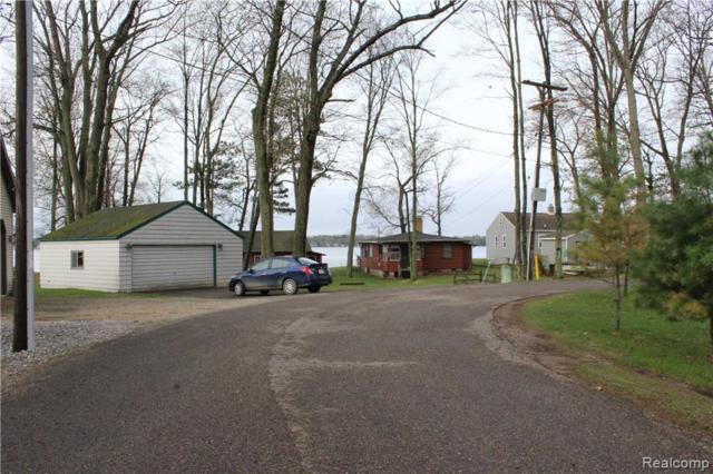 11161 N Shore Drive, Garfield Twp, MI 48632 (MLS #219041119) :: The Toth Team