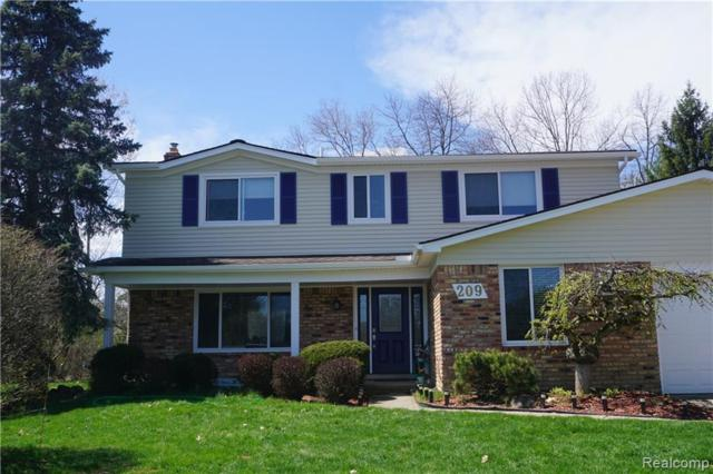 209 Rose Brier Dr, Rochester Hills, MI 48309 (#219041204) :: RE/MAX Classic