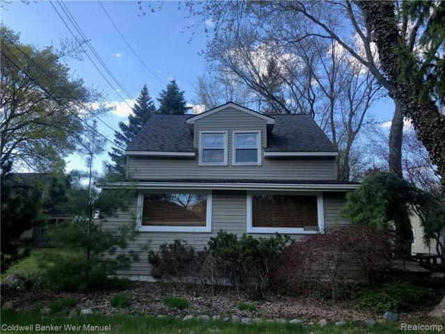 5560 Evergreen Avenue, Orchard Lake, MI 48324 (#219041655) :: RE/MAX Classic