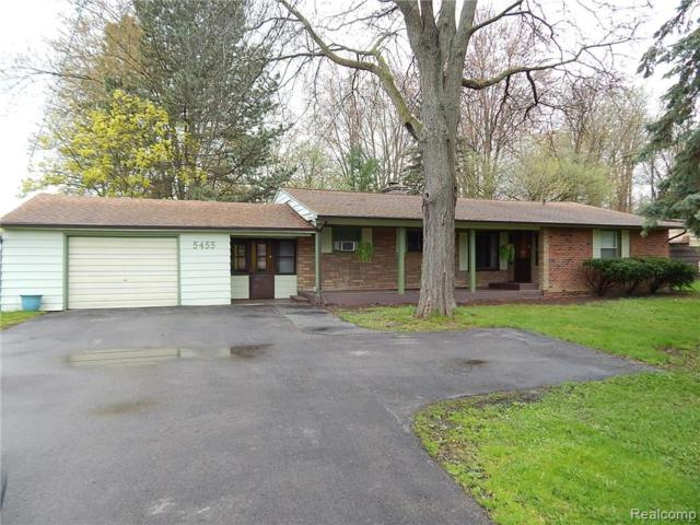 5455 Corunna Road, Flint Twp, MI 48532 (MLS #219041772) :: The Toth Team