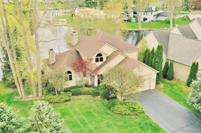 7120 Capri Drive, White Lake Twp, MI 48383 (#219042607) :: Duneske Real Estate Advisors